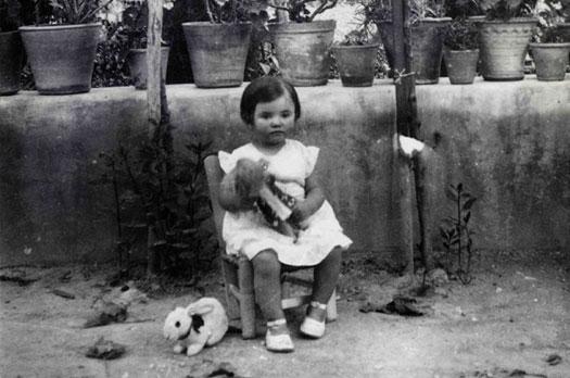 Francisco García Lorca / Tica en el jardín, 1932 / Archivo Fundación Federico García Lorca