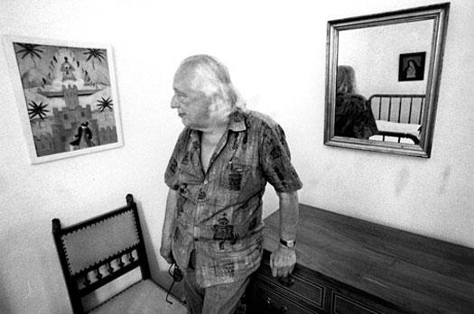 Pepe Garrido. Rafael Alberti en la habitación de Federico García Lorca, 1980. Archivo Pepe Garrido.